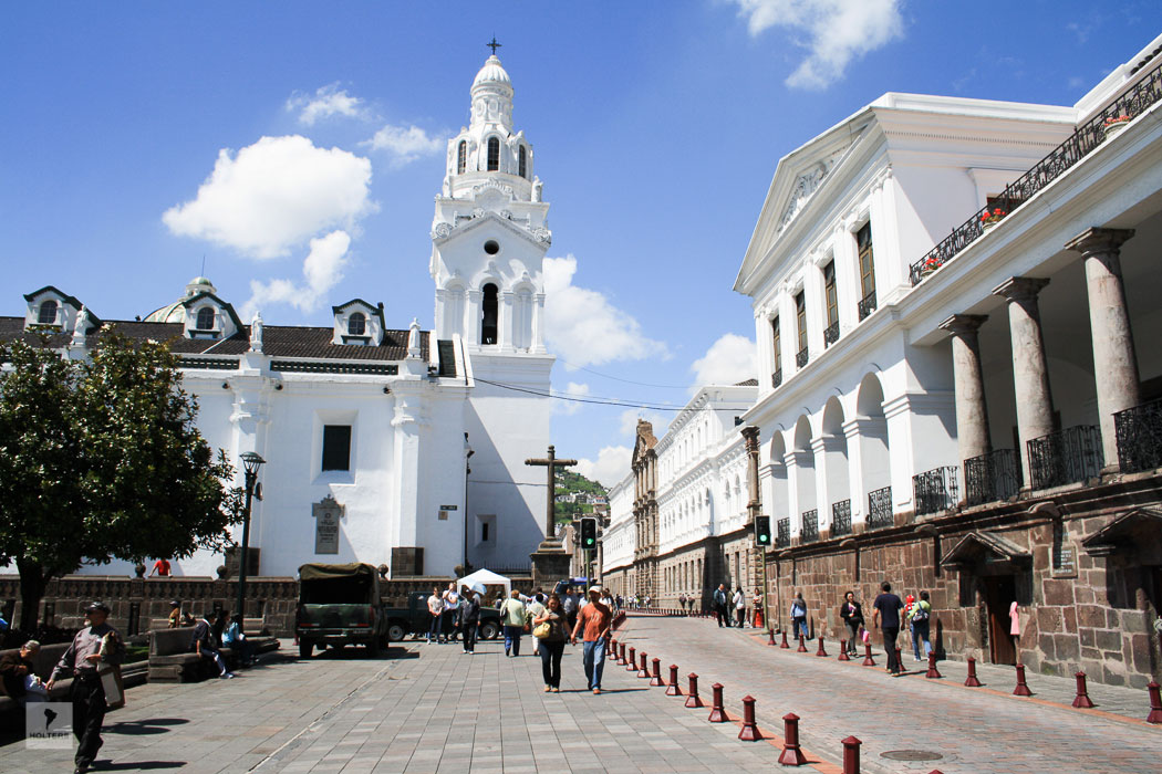 Kathedrale und Präsidentenpalast am Plaza de la Independencia